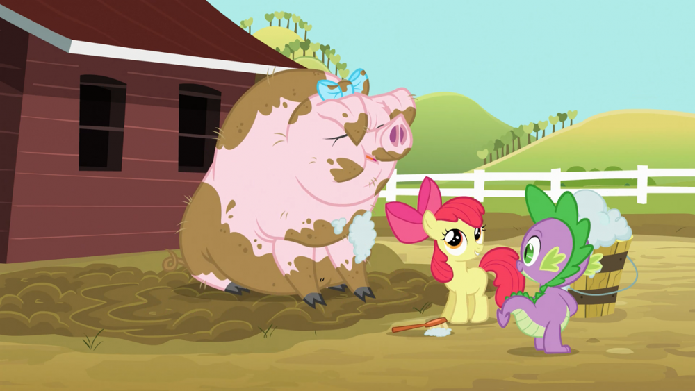 Spike_and_Apple_Bloom_washing_pig_S03E09
