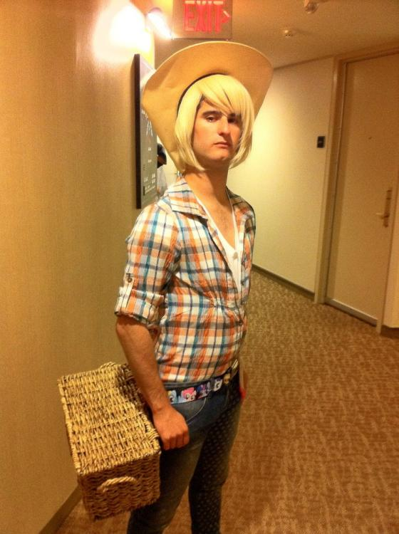 male_applejack_cosplay_by_shadowbuster44-d55zllt.jpg